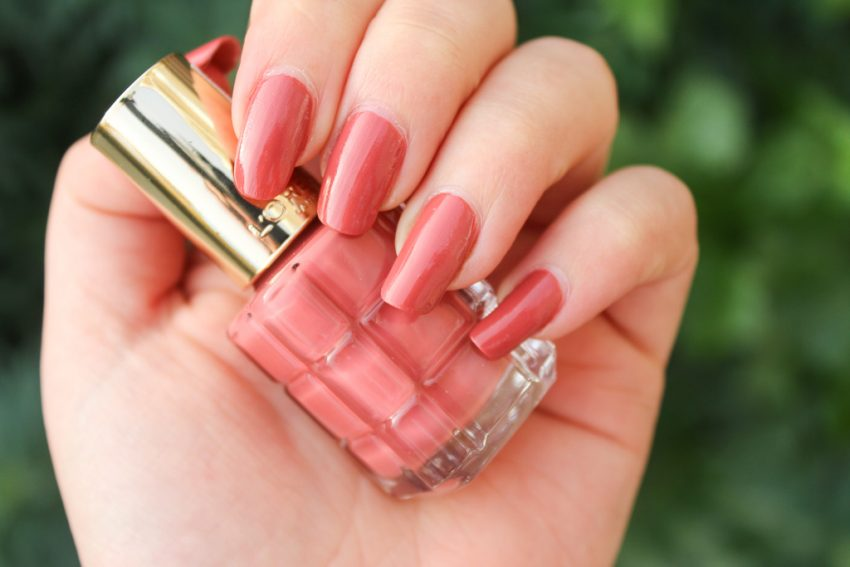 L'Oréal Paris Color Riche L'Huile nagellak - 224 Rose Ballet