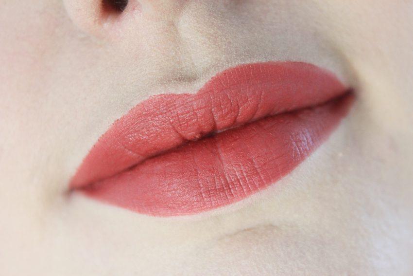MAC Powder Kiss Lipsticks Burning Love & Devoted to Chili
