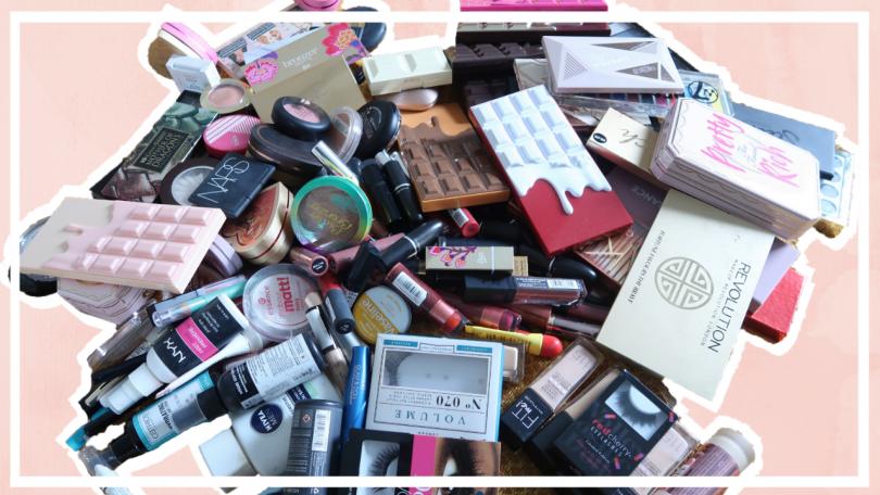 Mijn volledige make up stash opruimen